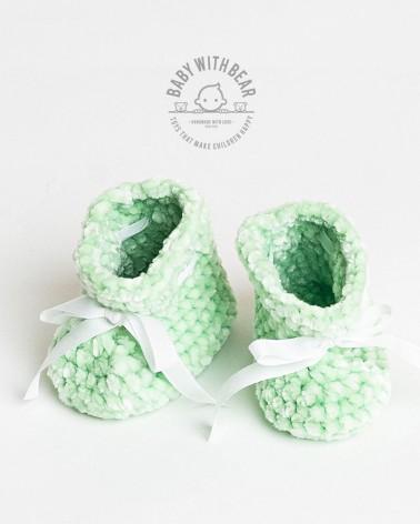 Crochet Baby Shoes BWB - Newborn Booties Green