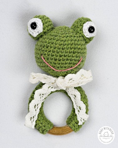 Crochet Rattle Ring Baby With Bear - Frog Teether Green